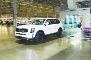 KMMG's three millionth vehicle rolls off the assembly line